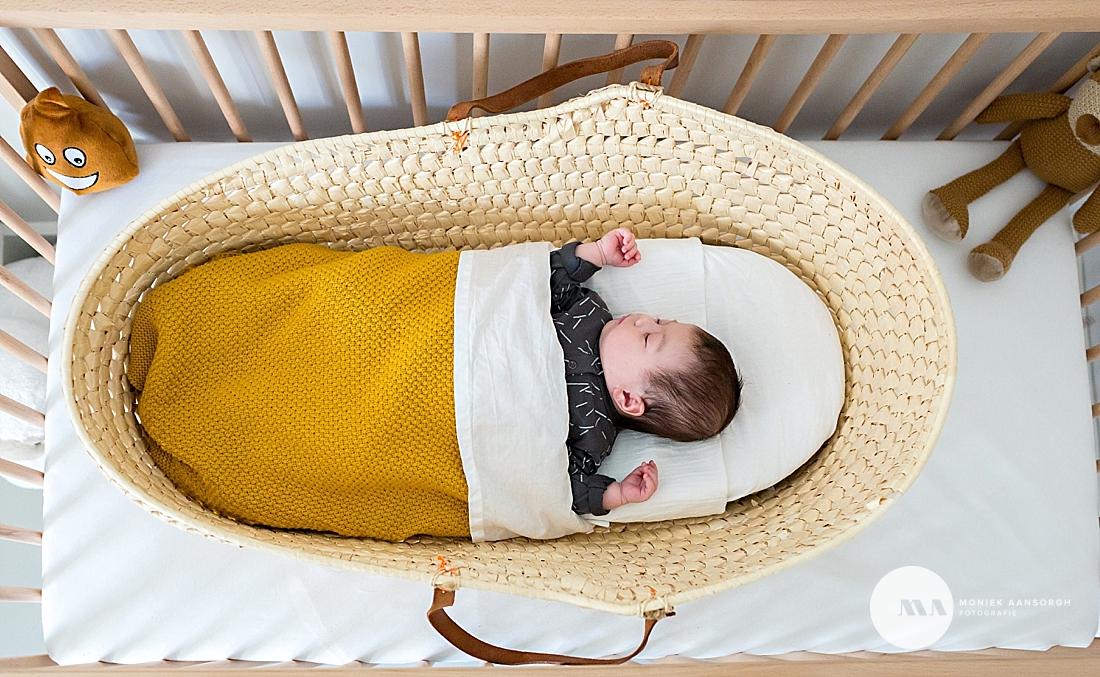 Lifestyle newbornfotografie | Nola Liv